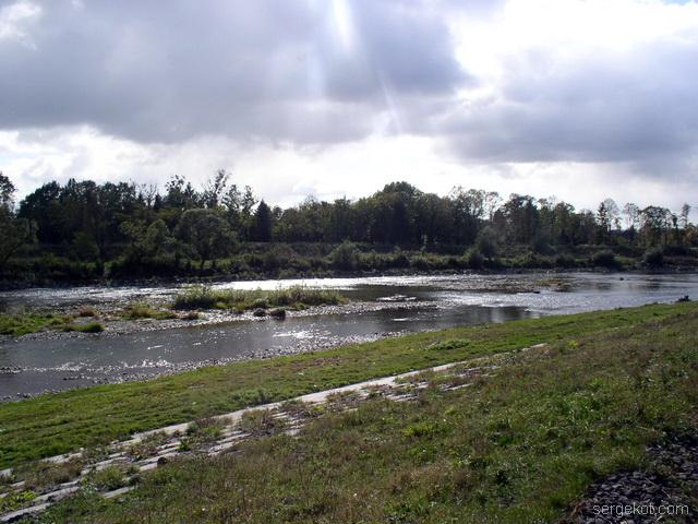 Мукачево. река Оаторица.
