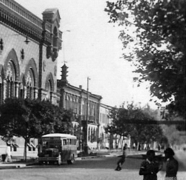 Пушкинская 19, 1940-е