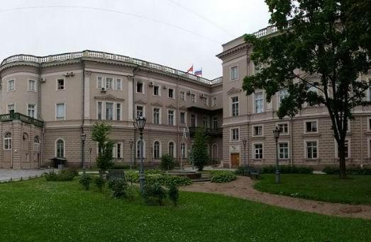Мариинский дворец, внутренний двор.