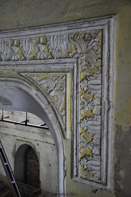 Червоно. Дворец Терещенко. Домашний театр, фрагмент отделки.