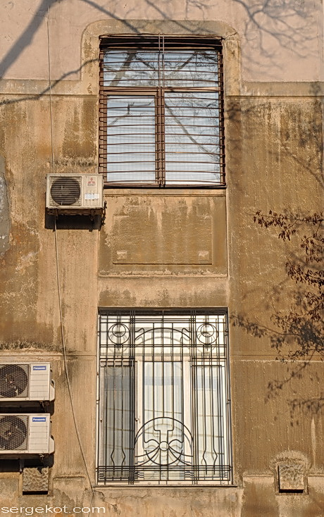 Французский бульвар 11б Два этажа.