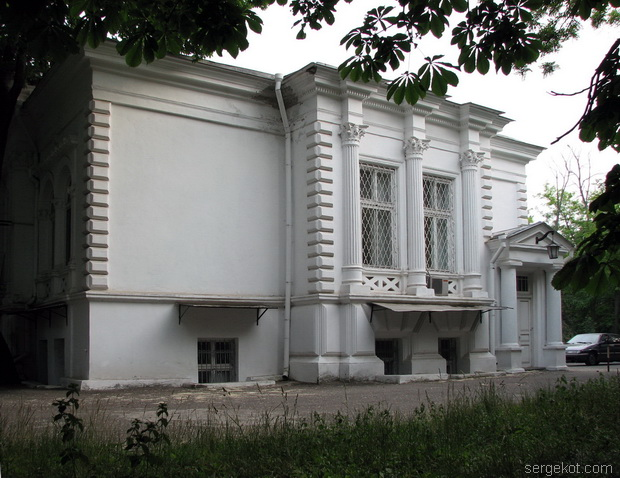 Санаторий Чкалова. Дача Ашкенази. Боковой фасад.