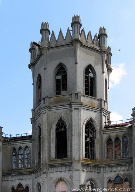 Червоно. Башня дворца Федора Терещенко.