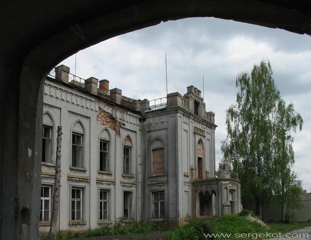 Червоно. Дворец Терещенко.