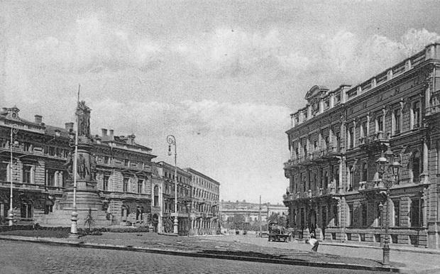 Екатерининская площадь 6. Дом Ждановой. 1910-e гг.