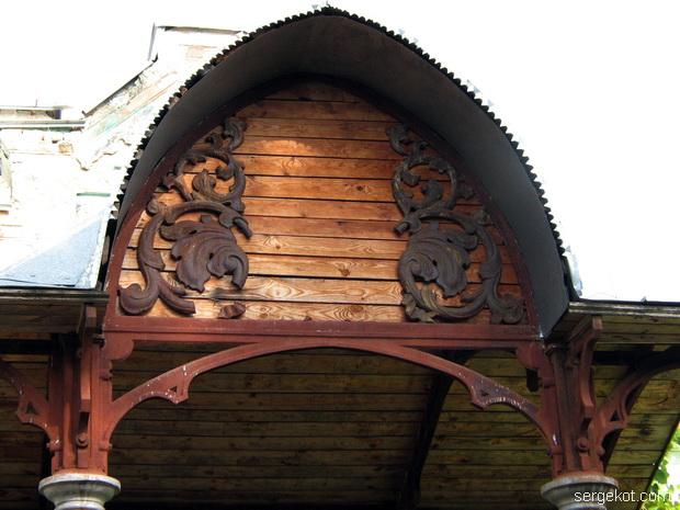 Тимановка. Главное крыльцо дворца.
