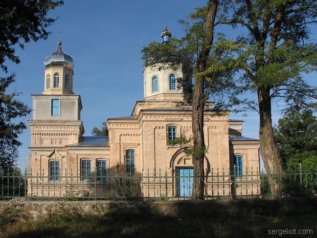 Кинашев. Церковь.