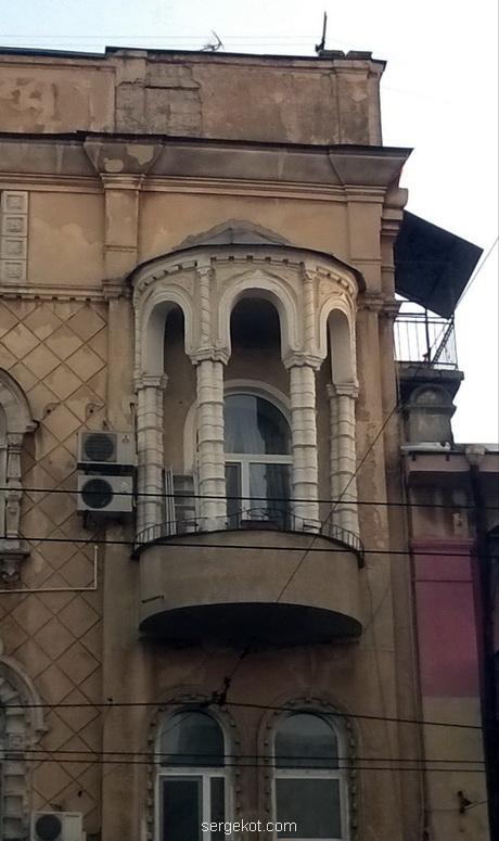 Херсонская, 34, балкон, сайт1