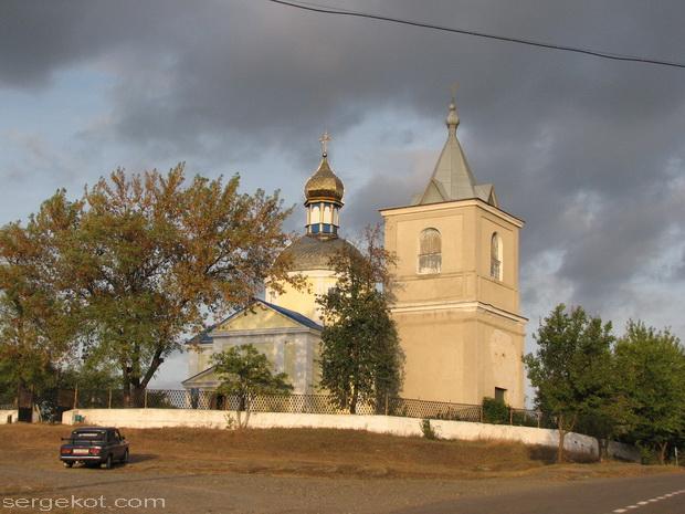Гордиевка. Церковь.