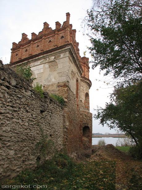 Староконстантинов. Замок. Башня