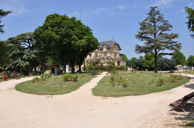 Villa de la  Roseraie.