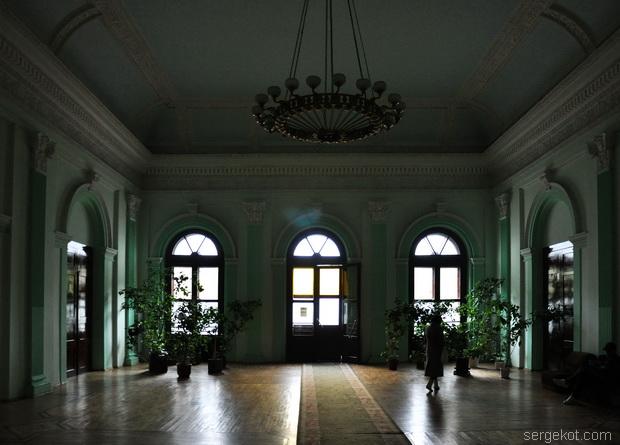 Немиров Интерьеры. Главный  зал.