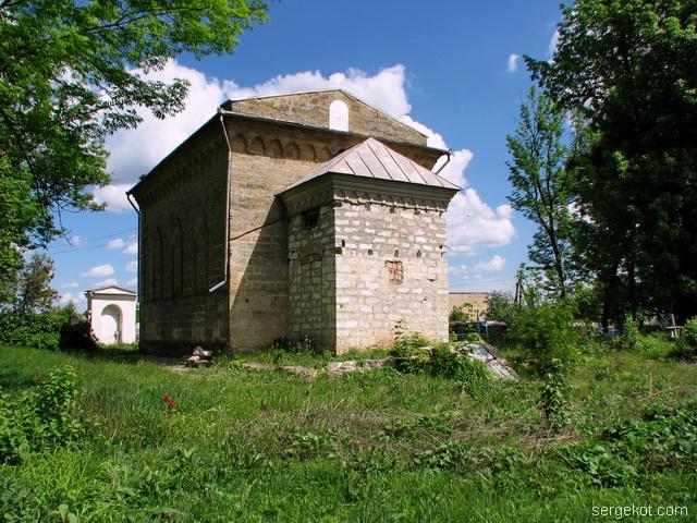 Чечельник. Усыпальница Собанских. Вид со стороны польского кладбища.
