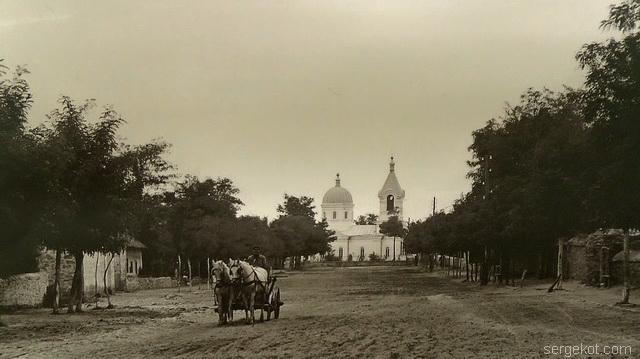 Вид на церковь в Шабо.