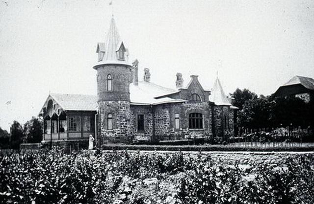 Усадьба Ансельма, бывшая Каролины Невернь